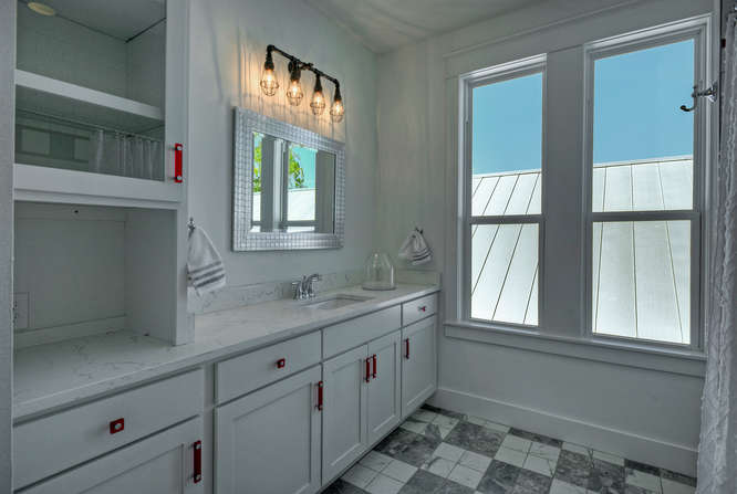 646 Center Green Street New-small-037-22-Upper Level Hall Bathroom-666x448-72dpi.jpg