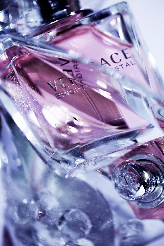 versace_bright_crystal_055c_lowres.jpg
