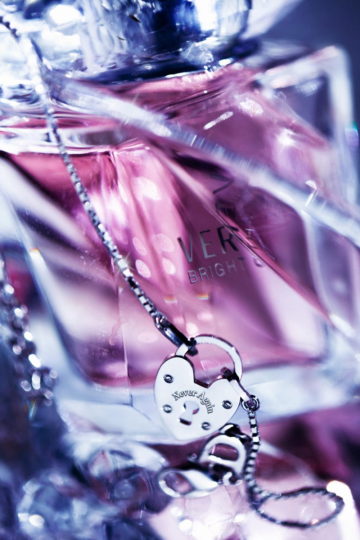 versace_bright_crystal_057_low_res.jpg