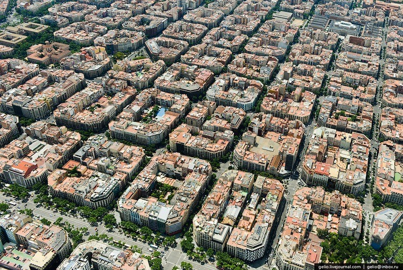 Aerial image of Eixample   |   Images via  Amusing Planet