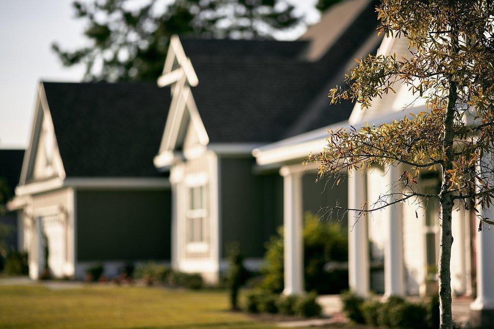 houses-691586_1280.jpg