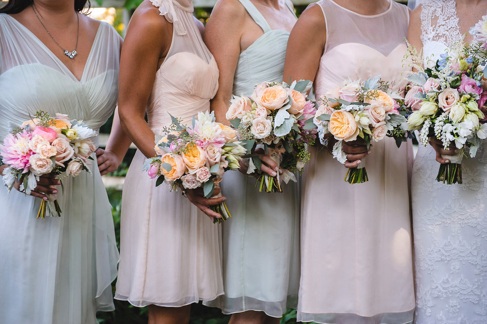 The lovely mixed pastel color scheme was inspired by the gardens in full summer bloom.