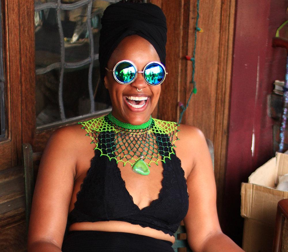 green beadwork ta meu bem jewelry.jpg
