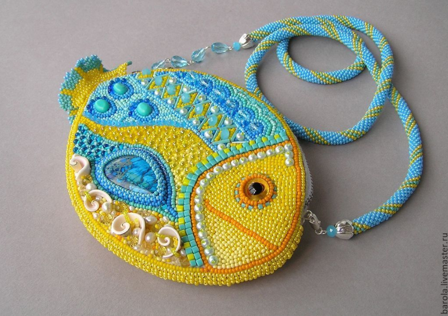 beaded+purse+2.png