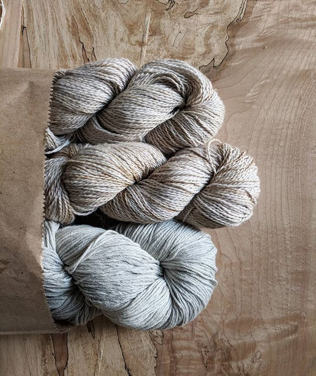 Puddle Yarn & Moondust Yarn! 🌧️🌚a great moody combo! . . . #knittersofinstagram #knitting #handdyedyarn #organicyarn