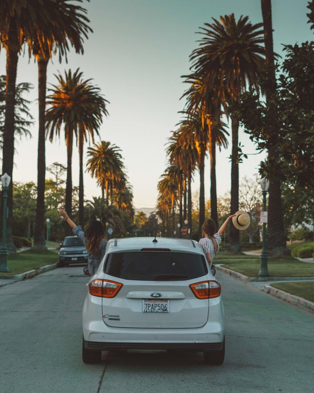 CALIFORNIA_FORD_GIRLS