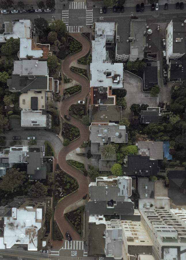 LOMBARD STREET_SAN_FRANCISCO_CALIFORNIA