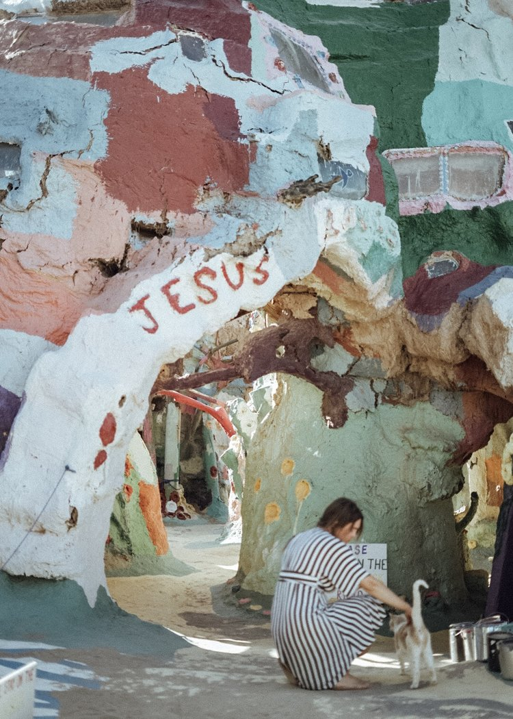 SALVATION_MOUNTAIN_CALIFORNIA.jpg