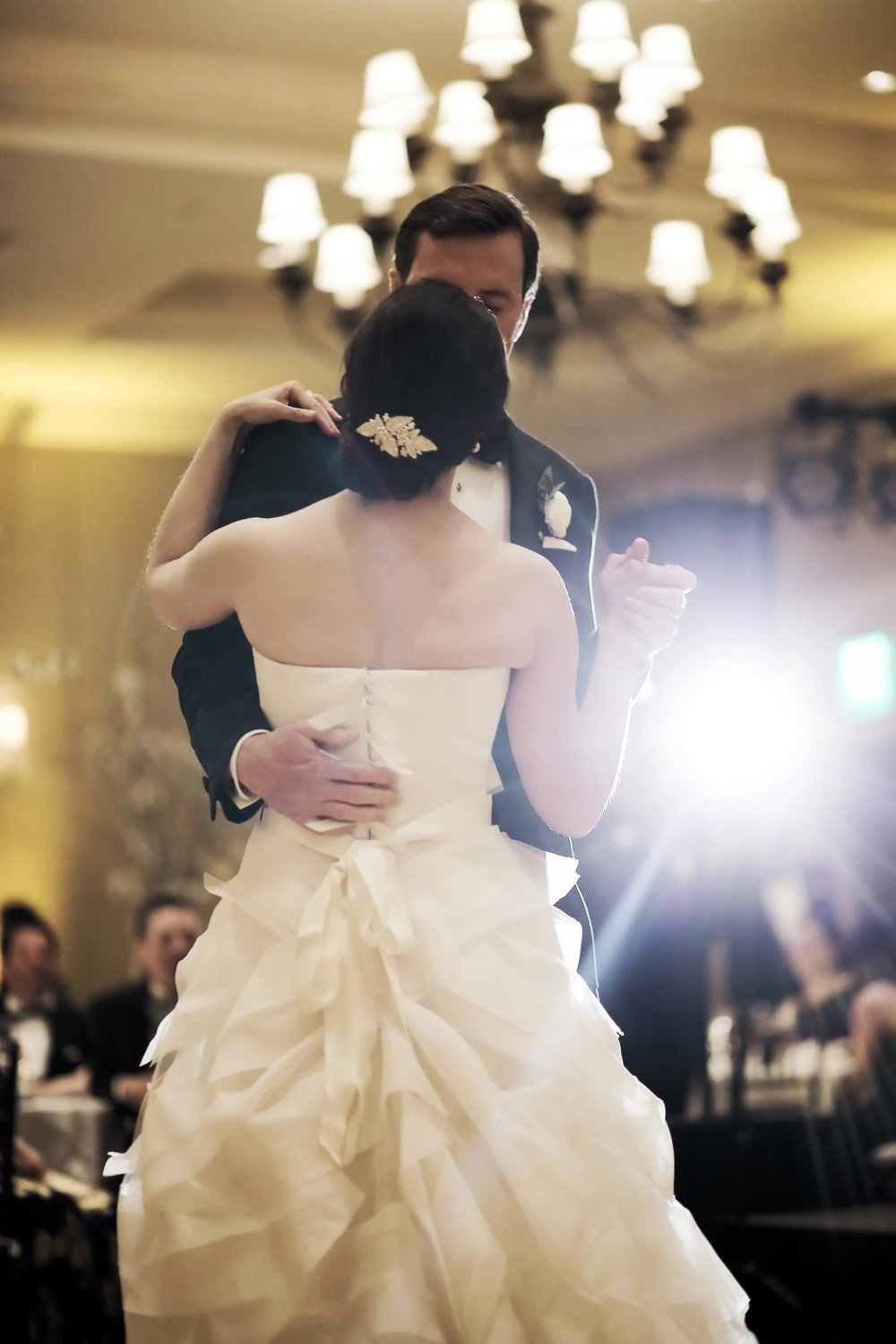 first-dance-real-wedding-montage-deer-valley-park-city-weddings_pepper_nix_photography-49.jpg