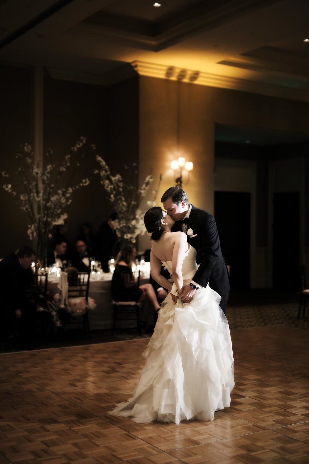 first-dance-real-wedding-montage-deer-valley-park-city-weddings_pepper_nix_photography-51.jpg