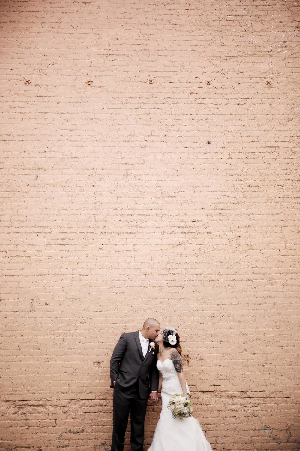 bride-and-groom-portraits-utah-weddings_pepper_nix_photography-17.jpg