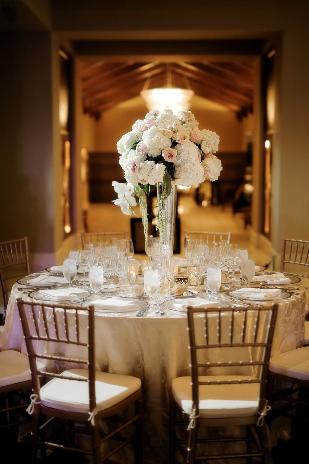 centerpieces-utah-weddings-elegant-deer-valley-weddings-pepper-nix-photography.jpg
