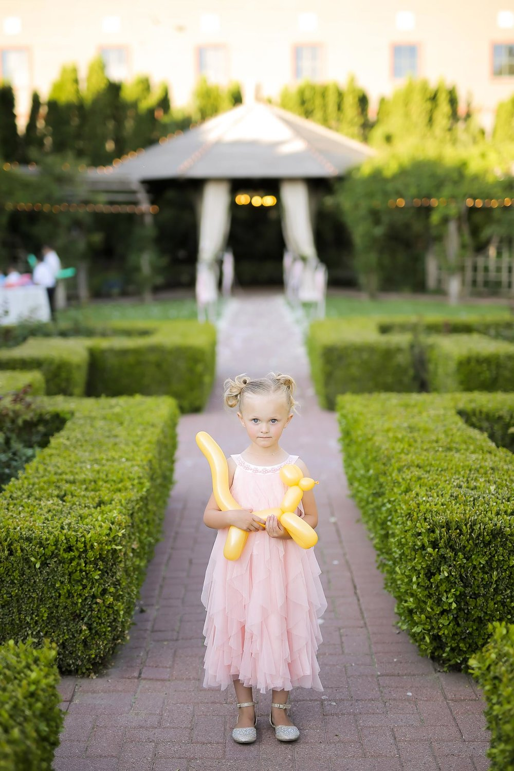 flower-girl-utah-weddings-pepper_nix_photography-74.jpg