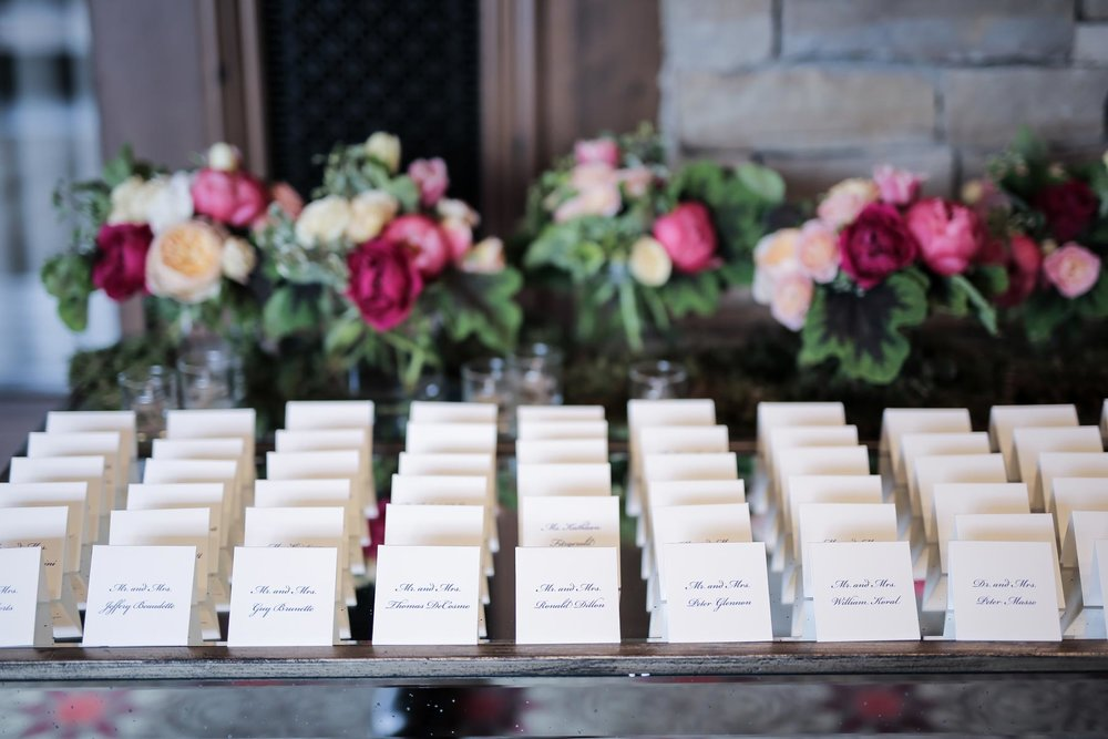 luxe-wedding-ideas-escort-cards-and-flowers-escort-card-table-utah-weddings-pepper_nix_photography-63.jpg