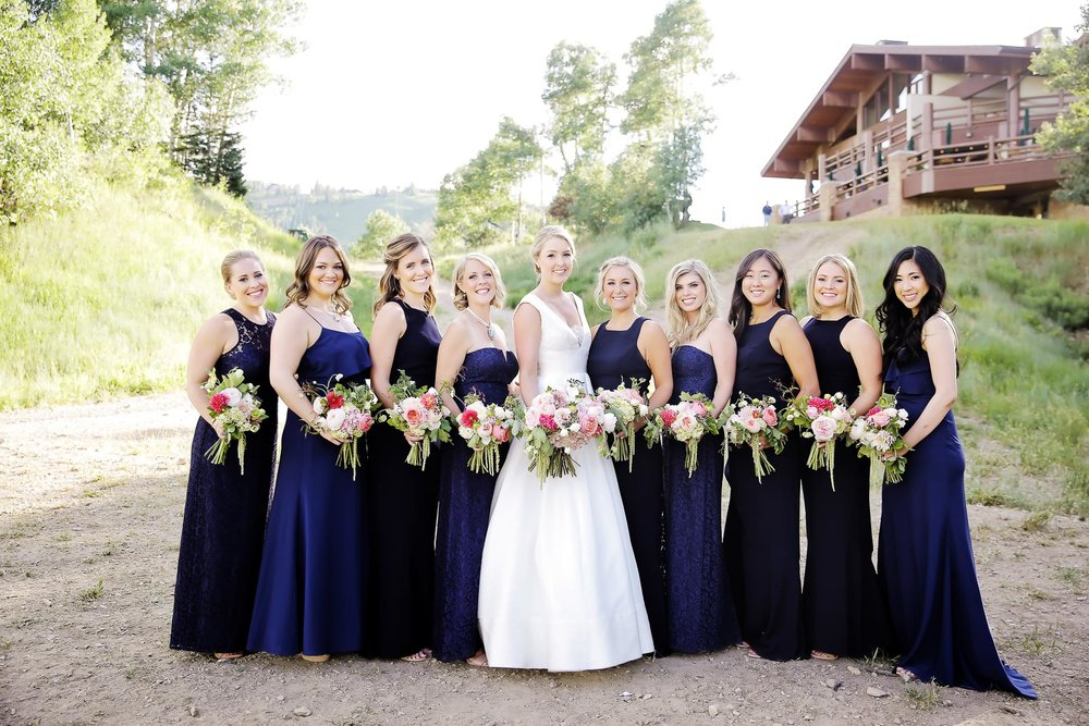 navy-bridesmaids-utah-weddings-colorful-bouquets-utah-weddings-deer-valley-weddings-pepper-nix-photography.jpg