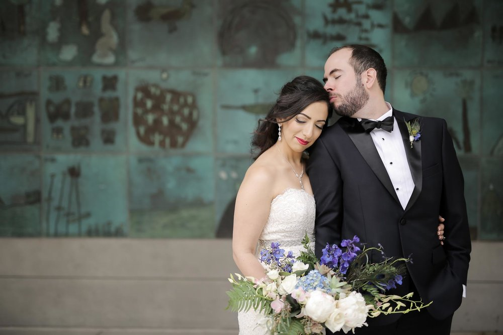 romantic-bride-and-groom-portraits-modern-wedding-photos-utah-weddings-pepper_nix_photography-89.jpg