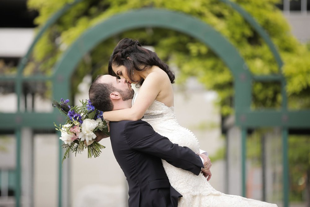 romantic-garden-wedding-bride-and-groom-utah-weddings-pepper_nix_photography-90.jpg