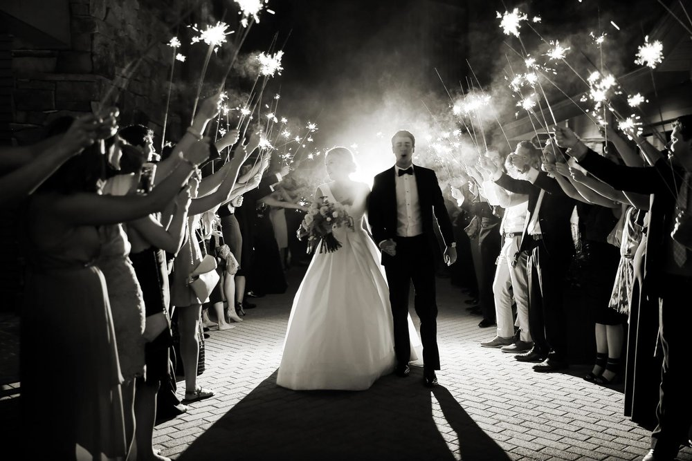 sparkler-send-off-ideas-deer-valley-weddings-pepper-nix-photography.jpg