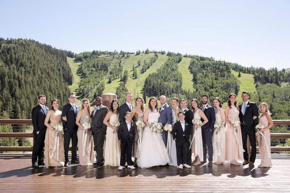 wedding-party-mountain-backdrop-.jpg
