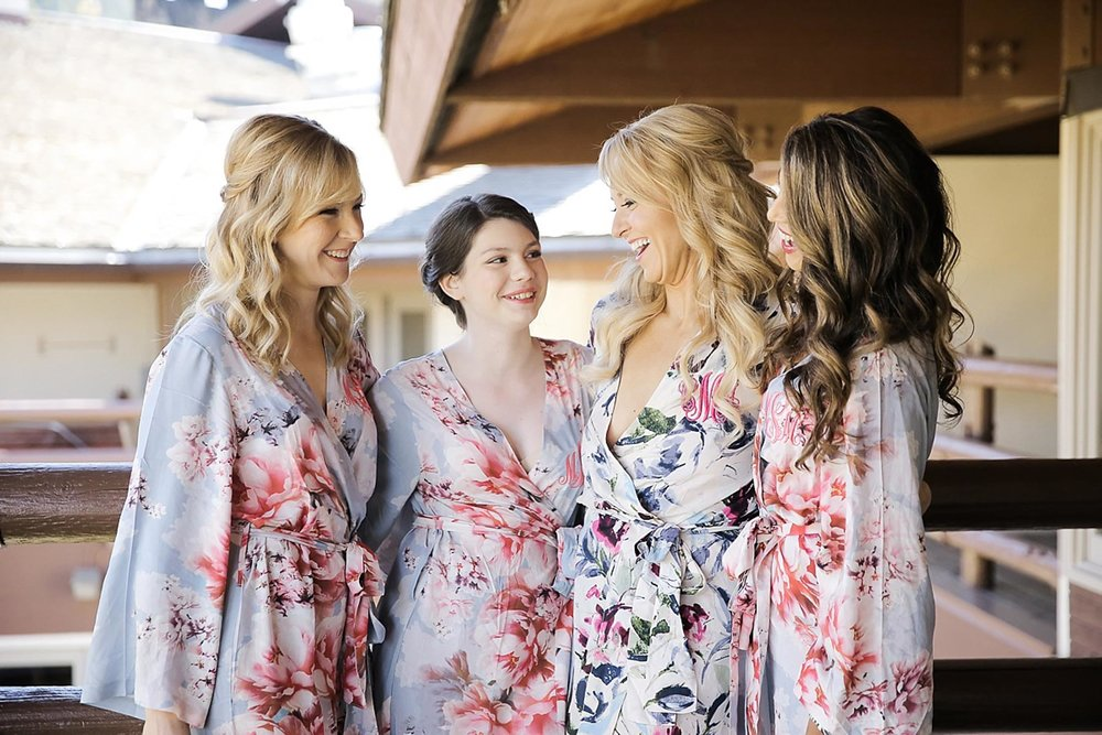 bridal-party-matching-robes-getting-ready-photo-ideas-logan-walker.jpg