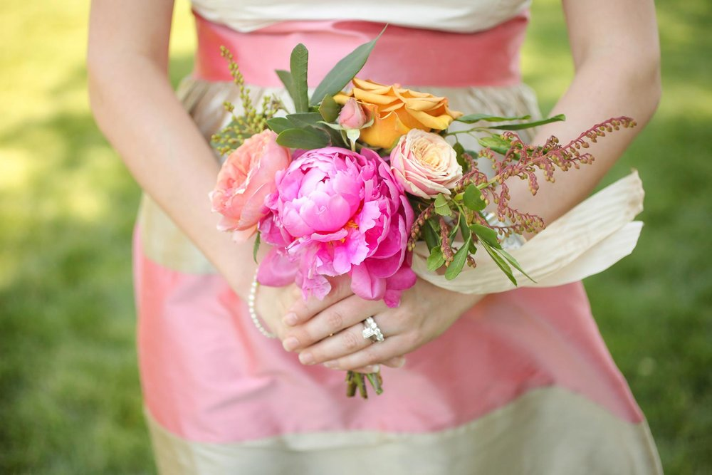 colorful-bridesmaid-peony-bouquet-angela-howard.jpg