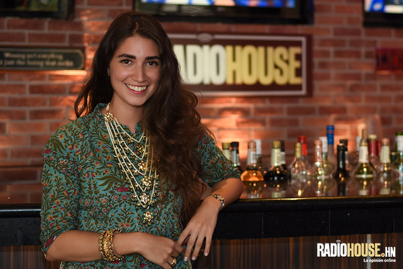 Mayo 2017 - Entrevista Radio House                      Honduras