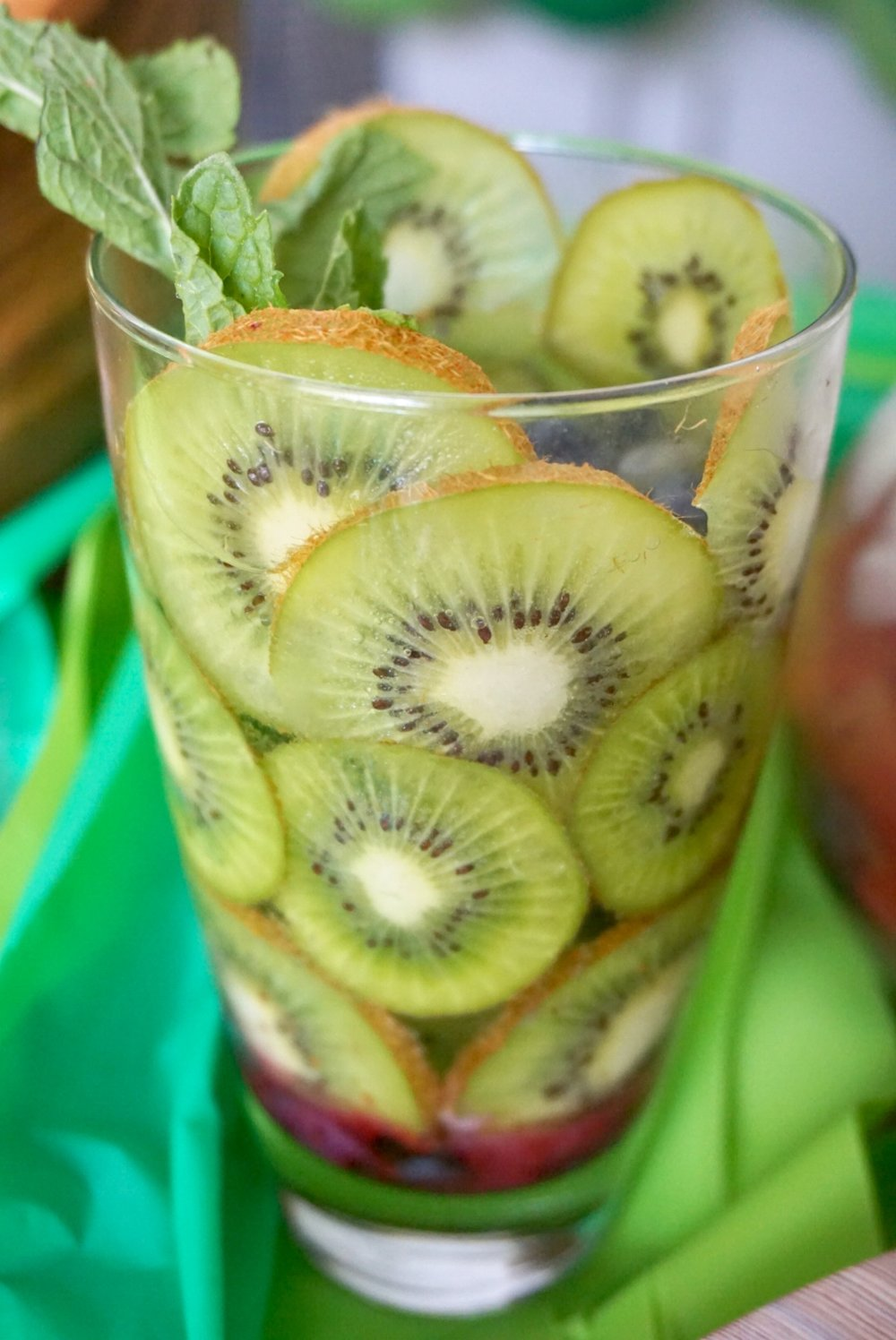 Summer Kiwi Cocktail