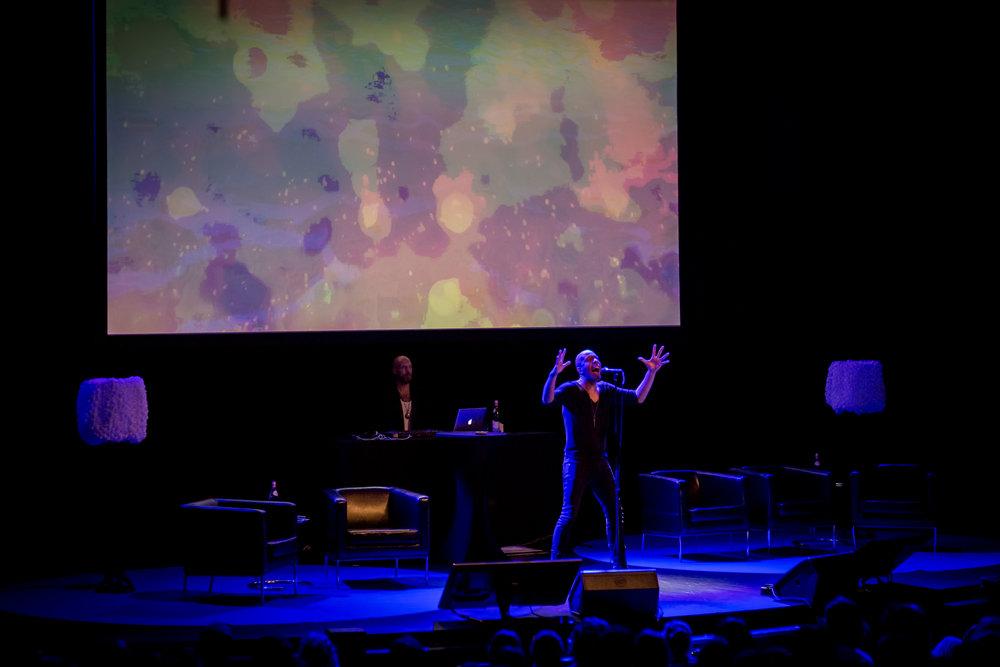 Flera musikaliska dimensioner av Krister Linder