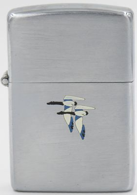 Rare early 1940s Town & Country Zippo with small flying geese