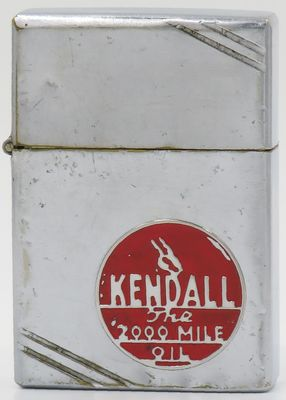 1936 inside hinge Zippo with a metallique Kendall Oil logo