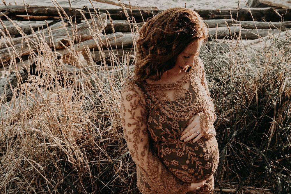 Sladey Family Maternity 2017-4485.jpg