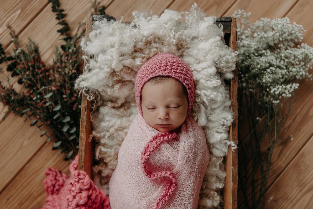 newborn olivia-9050.jpg