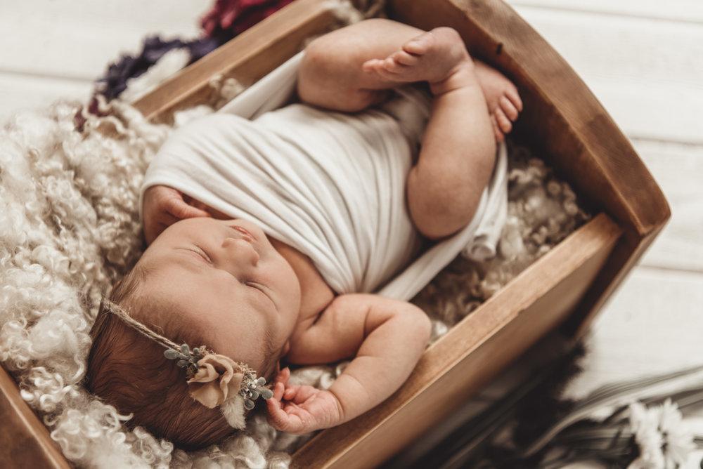 Newborn Ruby Rose - Kathleen Woods - Laura Olson Photography - Sunshine Coast BC Photographer39.jpg