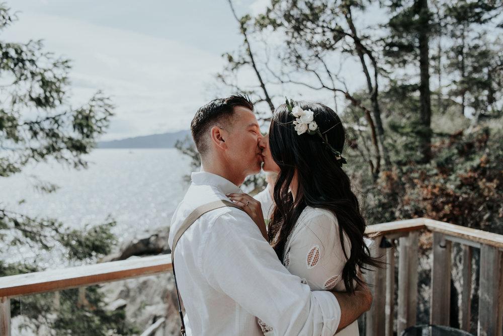 Ashley + Jeff - Rockwater Resort Elopement - Sunshine Coast BC Photographer - Laura Olson Photography-3672.jpg