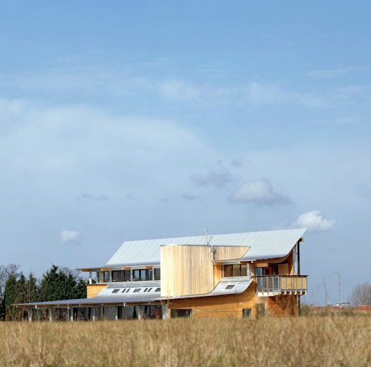 Eastbrookend Visitor Centre, England : Penoyre and Prasad