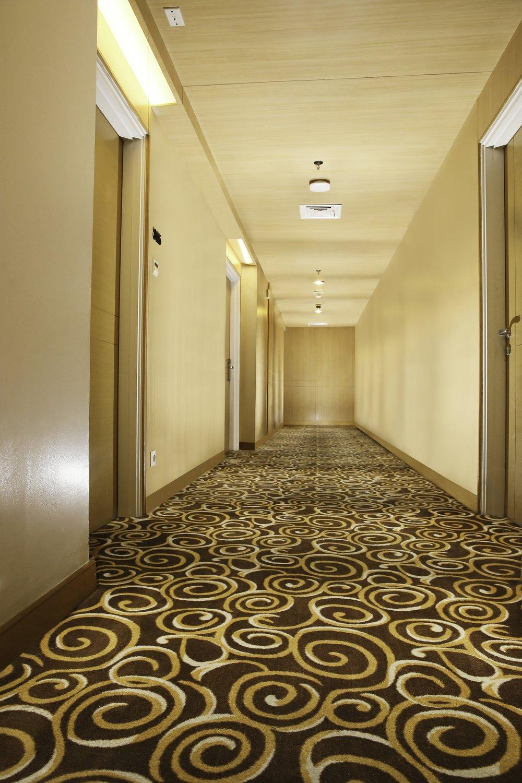 ASH Corridor.jpg