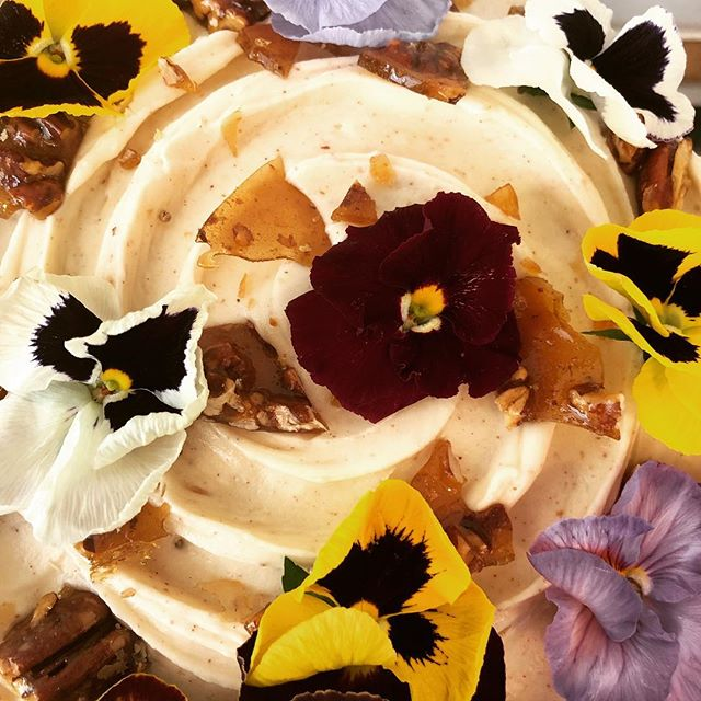 A #hummingbird #cake fit for a #royalwedding #streetparty #pecan #brittle #creamcheese #frosting #edibleflowers thanks to @finefoodspecialist and a melange of #spices #cinnamon #nutmeg #allspice #cakeoftheday #cakesofinstagram #instabaker #instacake #bakery #baker #homemade