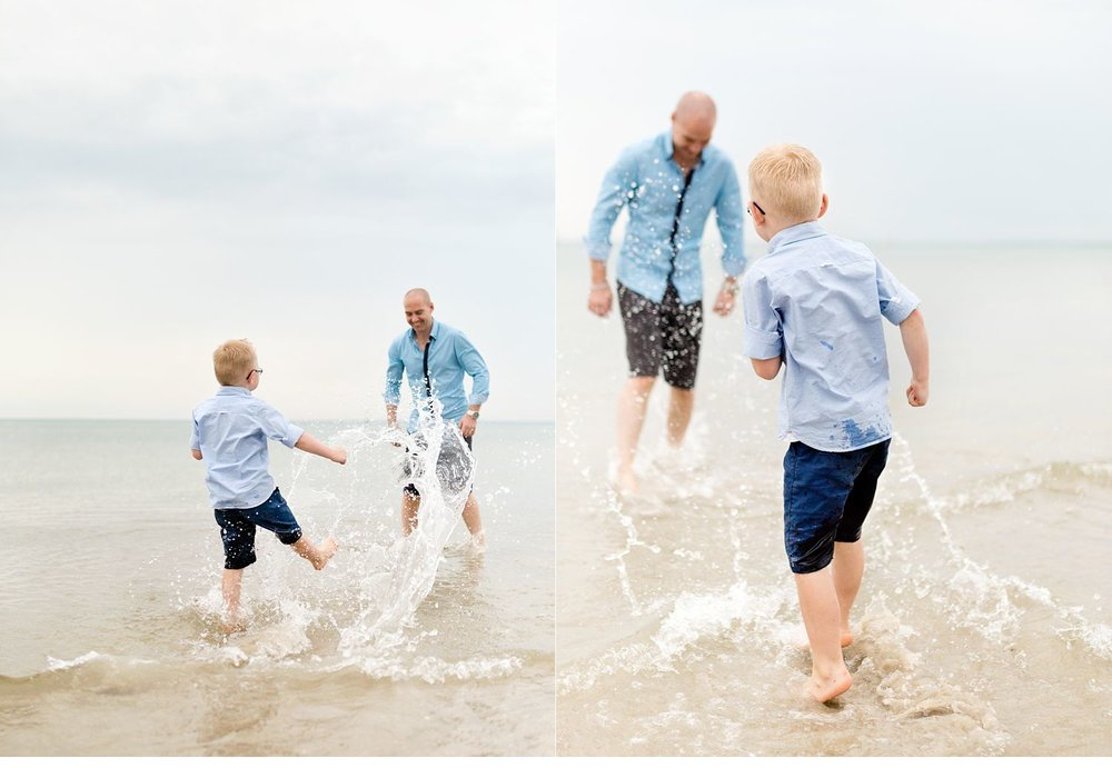 splashing-on-the-beach-photos.jpg