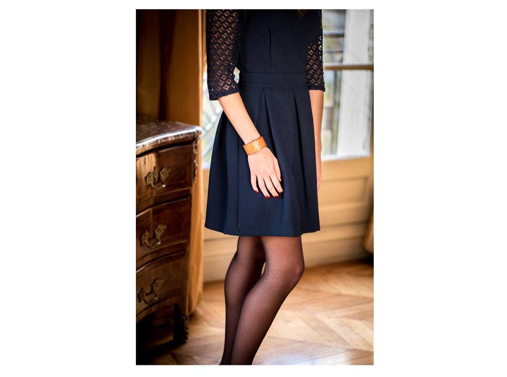 armillia-bracelet-grave-or-fin-22-carats-locre-paris-locre-cuir-maison-locre-maroquinerie