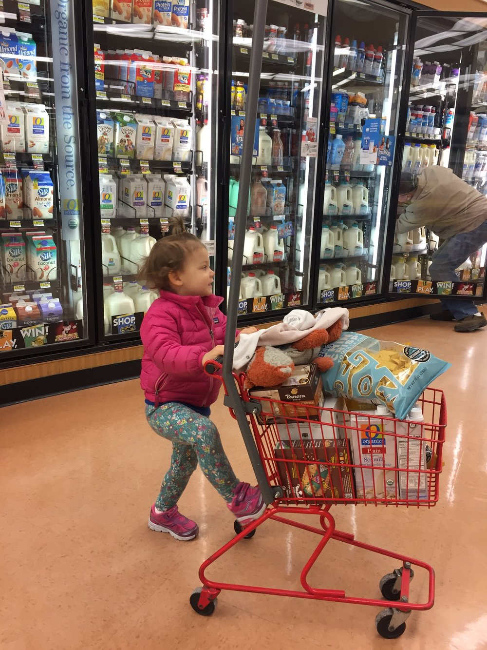 shopping liv grocery store.jpg
