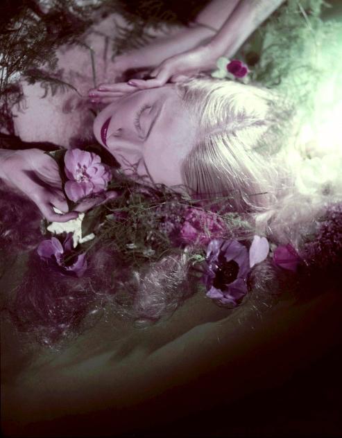 Exilona Savre, par Peter Basch.