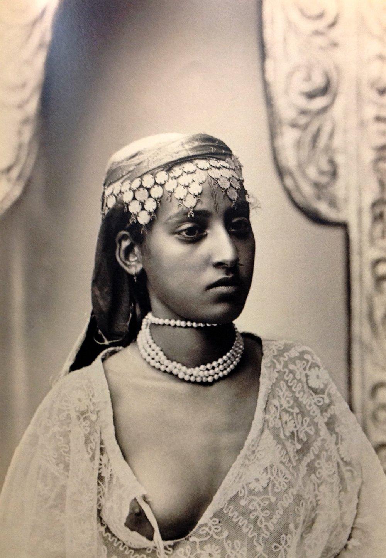 Modèle & photographe inconnus [Alger | 1900]