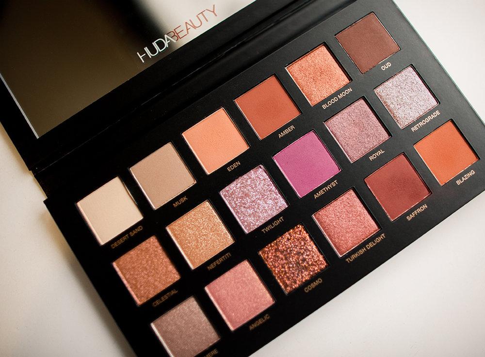 huda_beauty_palette.jpg