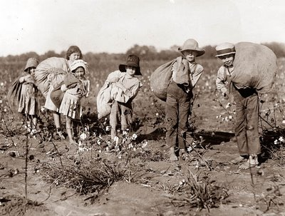 White children engaged in cultural expropriation