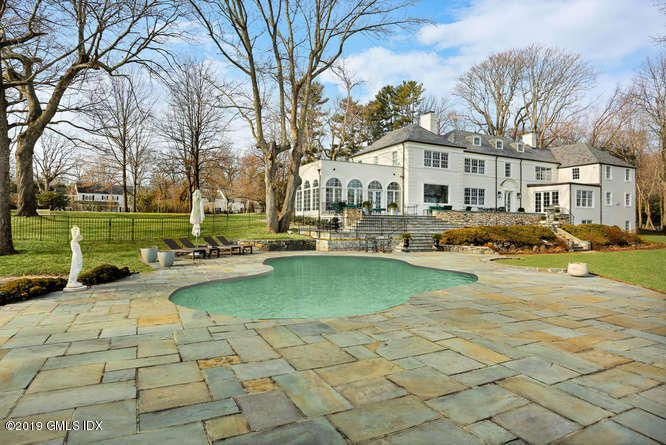 It may not date to 1925, or even pre-war, but this pool could have used some updating after its service to the previous owner: at least, for $8.695, one might expect so. (By the way, I've never before seen staged pool statues — hope for low winds)