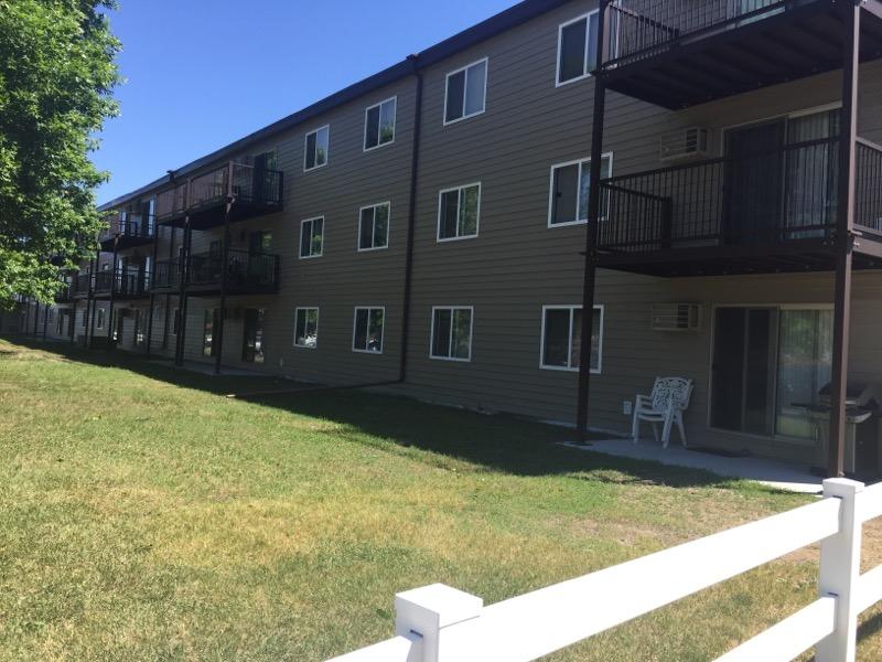 2300 & 2400 W 9th St, Sioux Falls, SD 57104