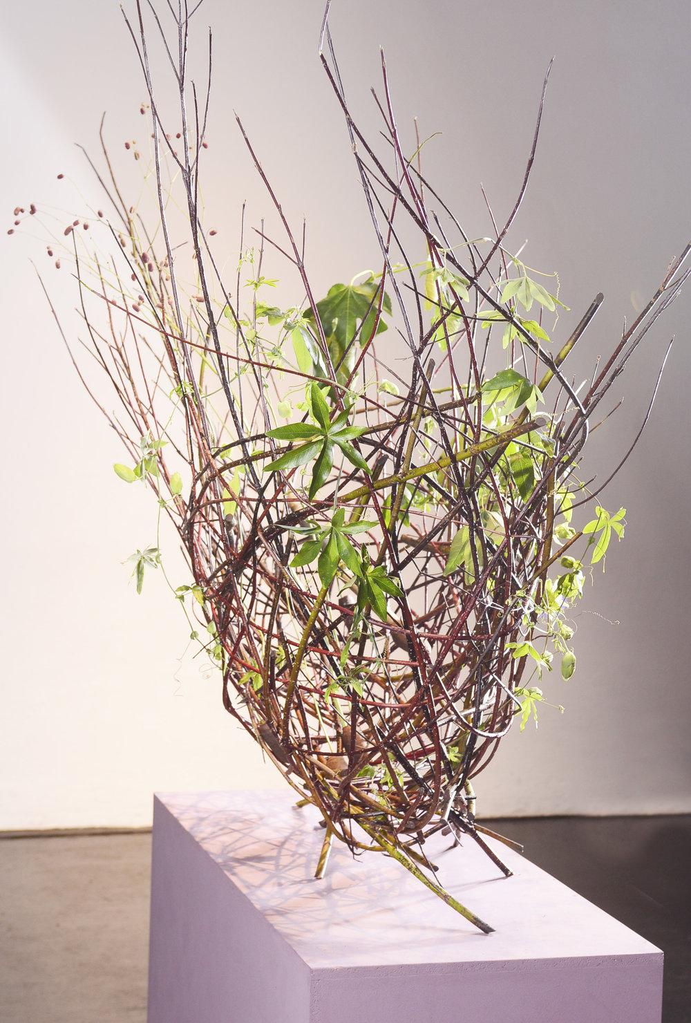 Eine freistehende Hohlkörperform entstand unter den Meisterhänden von Sabine Doughan.
