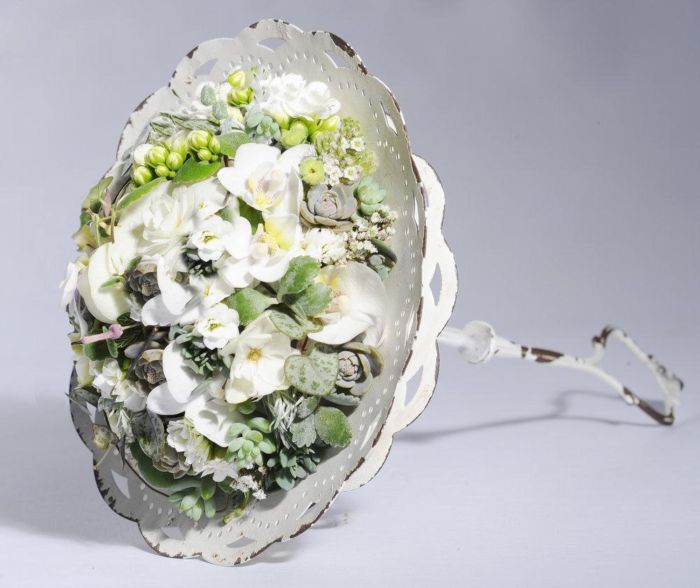 Ein Brautschmucktraum in Weiss von Verena Irsslinger.
