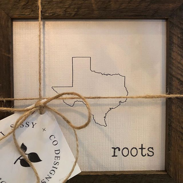 Someone from Texas is going to be very happy on Christmas!❤️ #sissyandco #sissyandcodesigns #sign #signs #wood #texas #texasdecor #roots #love #signage #holiday #gift #shopfrederick #shoplocal #shopsmall #shopsmallbusiness #frederick #maryland #frederickmd