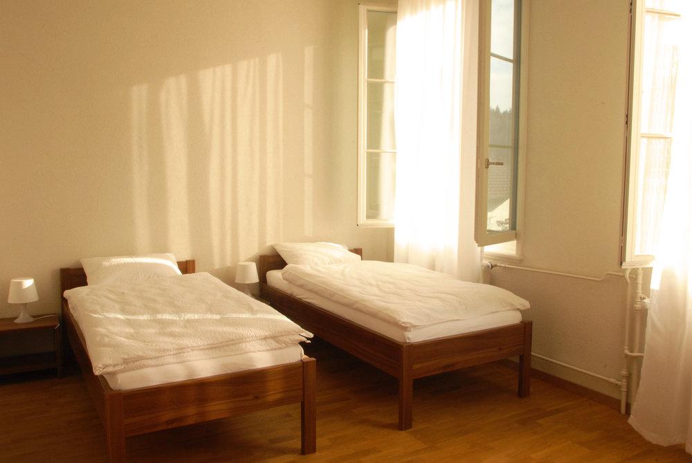 Le centre dispose de chambres confortables et de bonne qualité